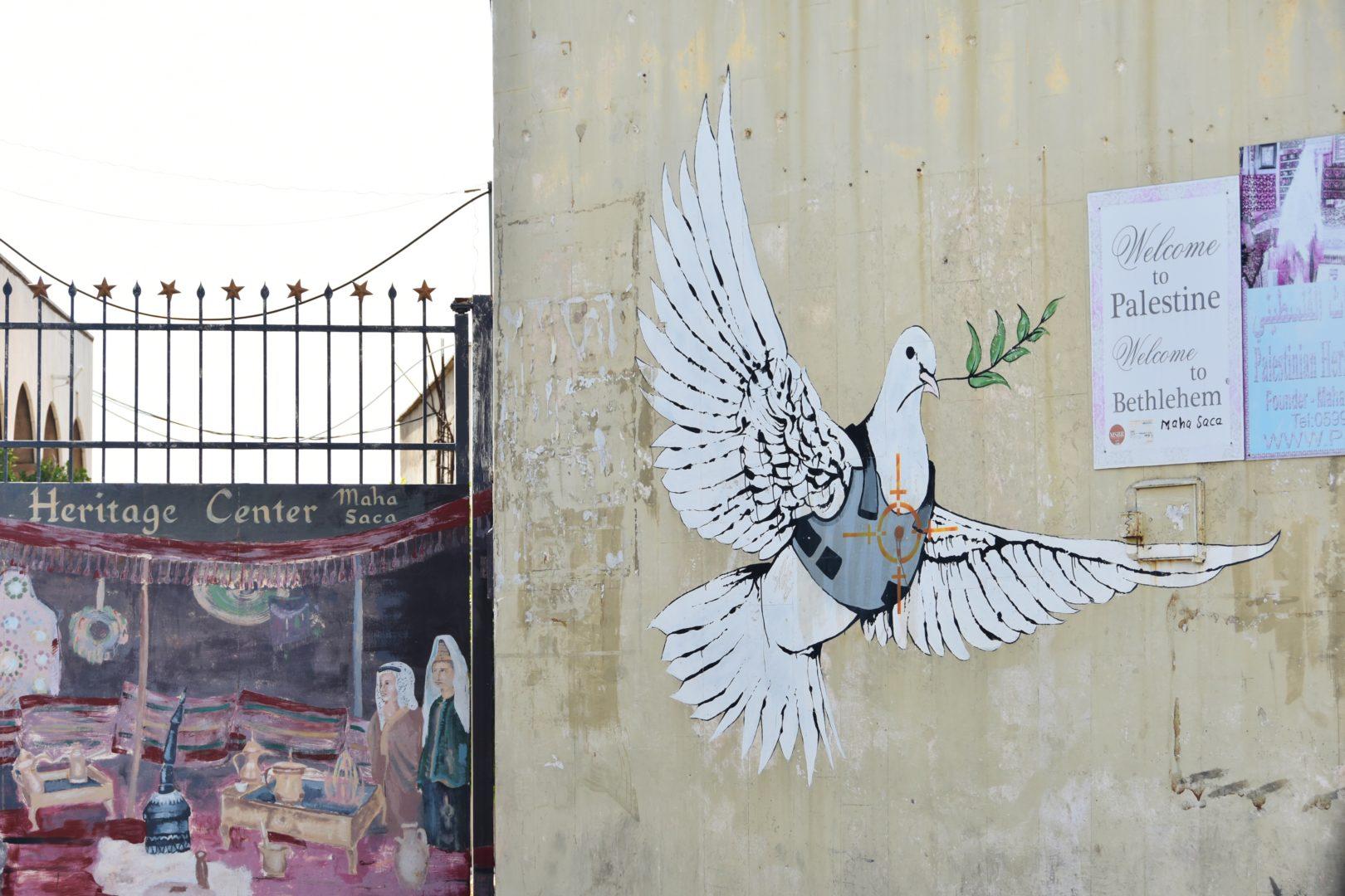 Murales di Banksy a Betlemme