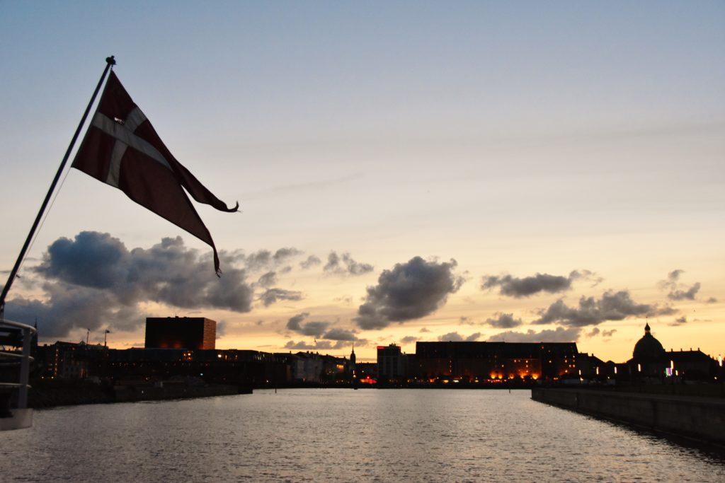 Tramonto sui canali di Copenaghen