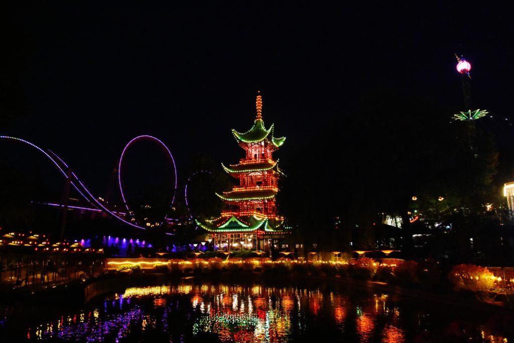 Spettacolo di luci e suoni ai Tivoli Gardens