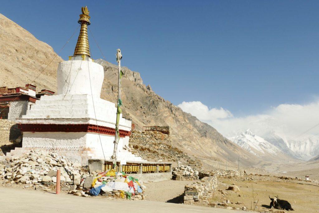 Il Monastero di Rongbuk al Campo Base dell'Everest