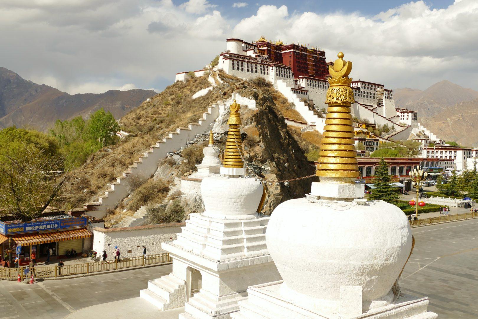 Il Potala che svetta su Lhasa
