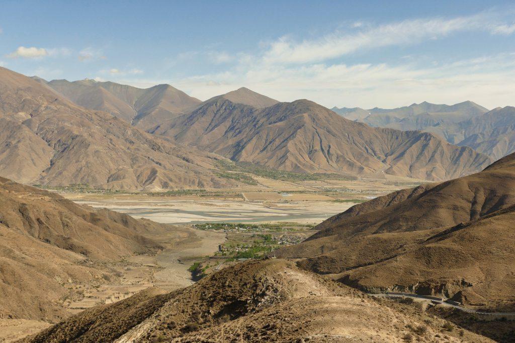 Panorama sull'altopiano tibetano