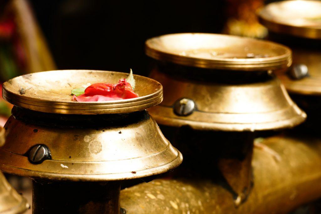 Offerte al Tempio Dashinkali