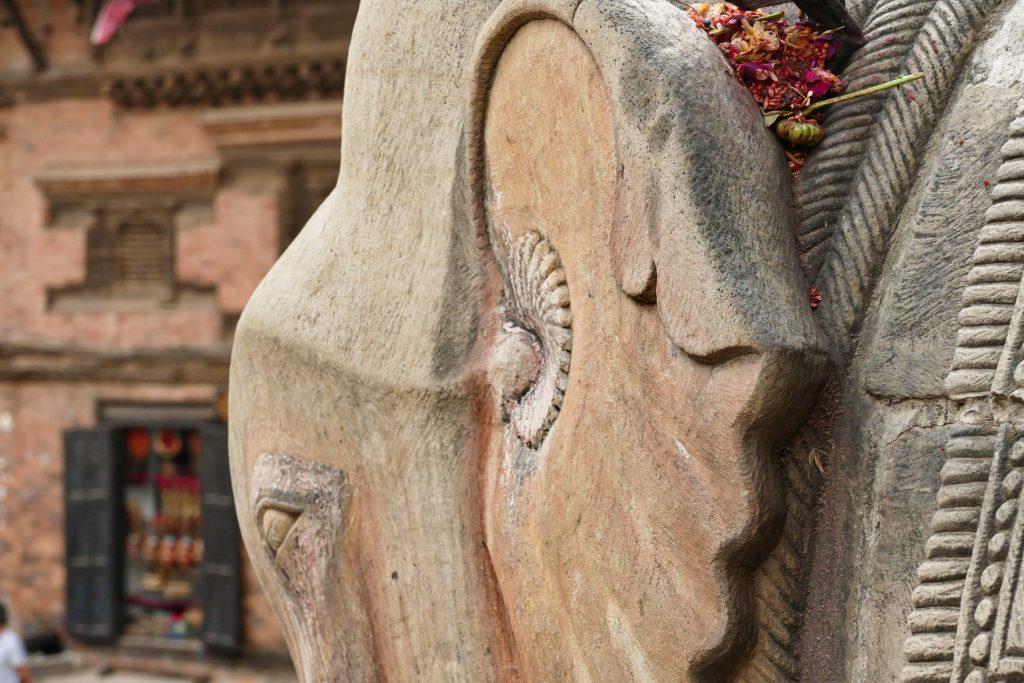 Dettaglio sculture a Bhaktapur