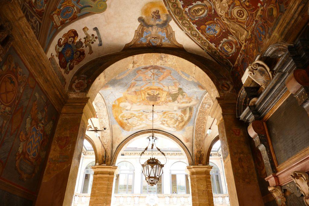 L'entrata di Palazzo Poggi
