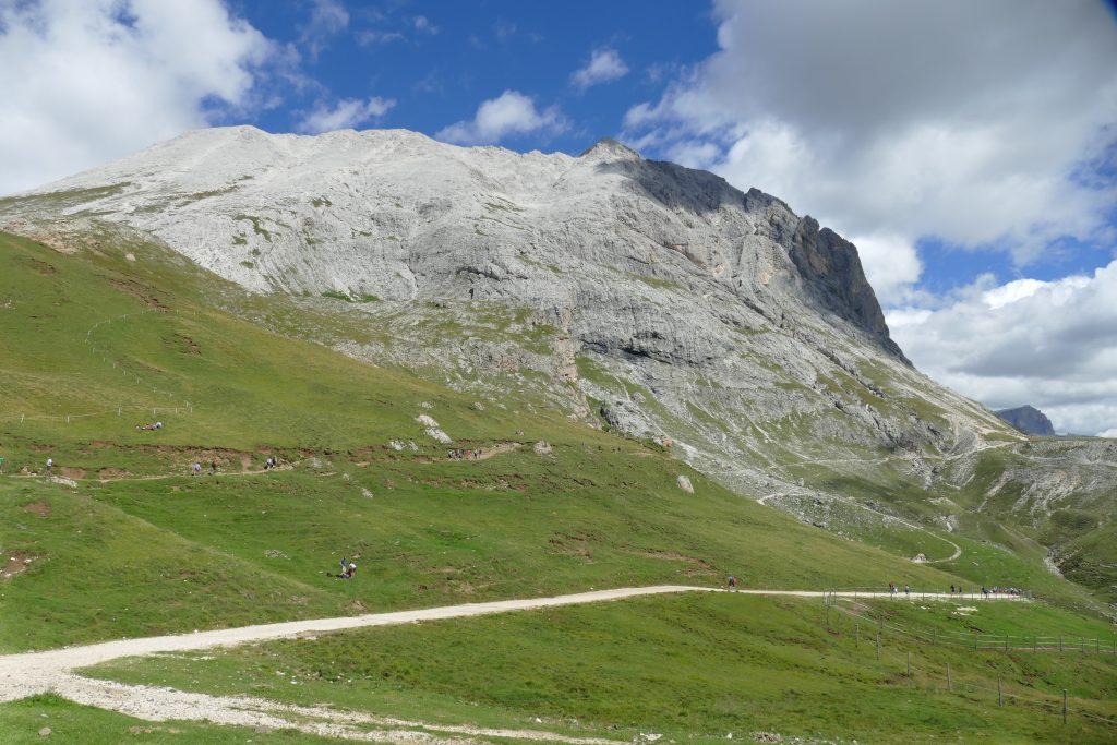 Dolomiti, giro ad anello del Sassolungo e Sassopiatto